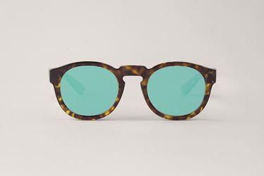 Imagen de CHEETAH CONTRAST TORTOISE NOORD WITH GREENISH PURPLE LENSES DE MR.BOHO